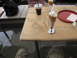 足湯カフェの写真
