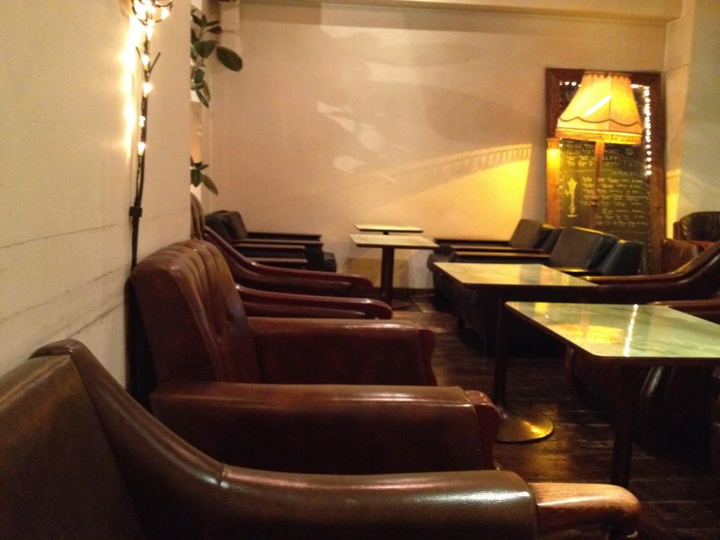 いつもの渋谷のカフェ画像